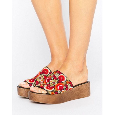 TO BE IN LOVE Embroidery Mules